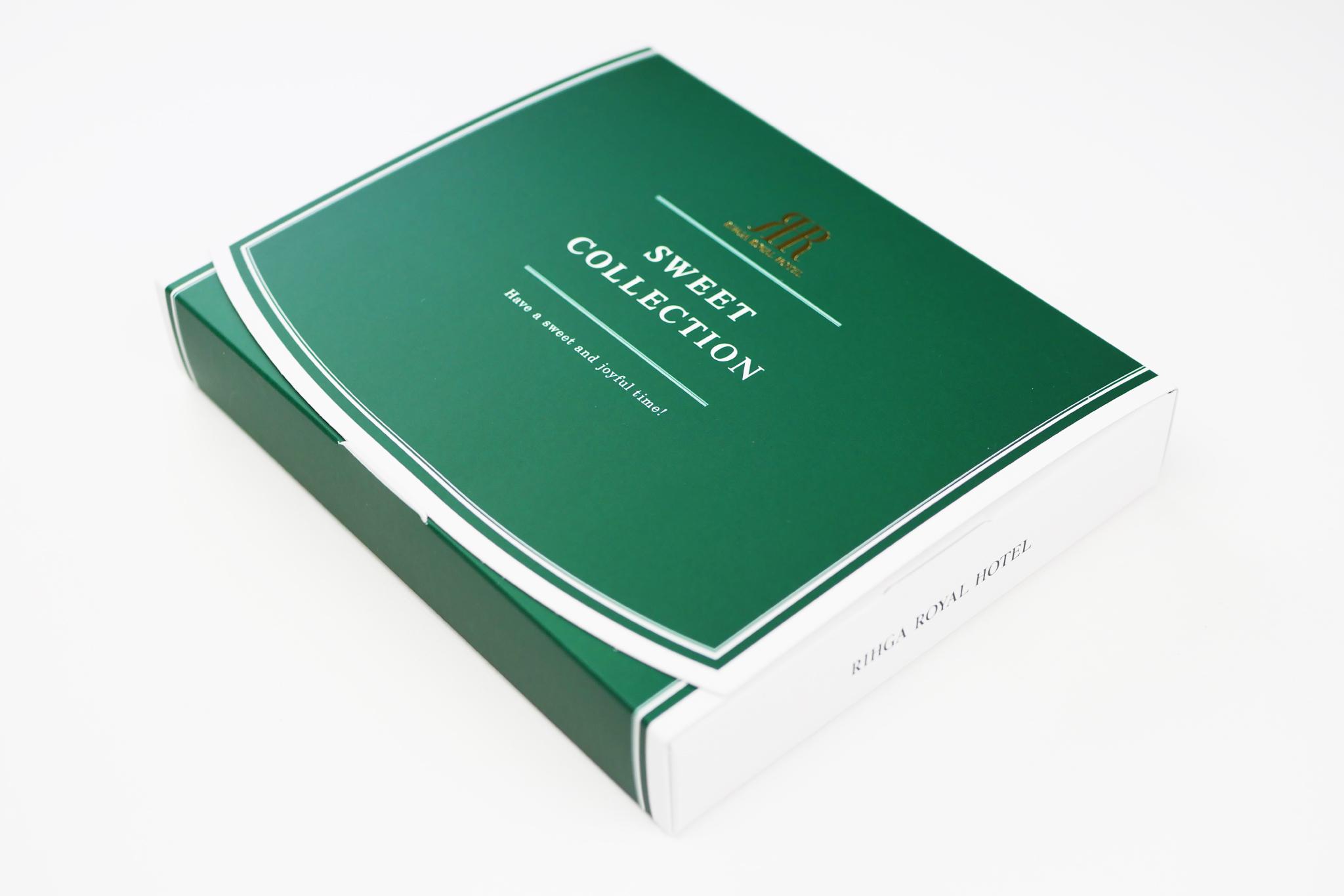 リーガロイヤルホテル様 オレンジ&ブラウニースティックケーキのパッケージの写真です