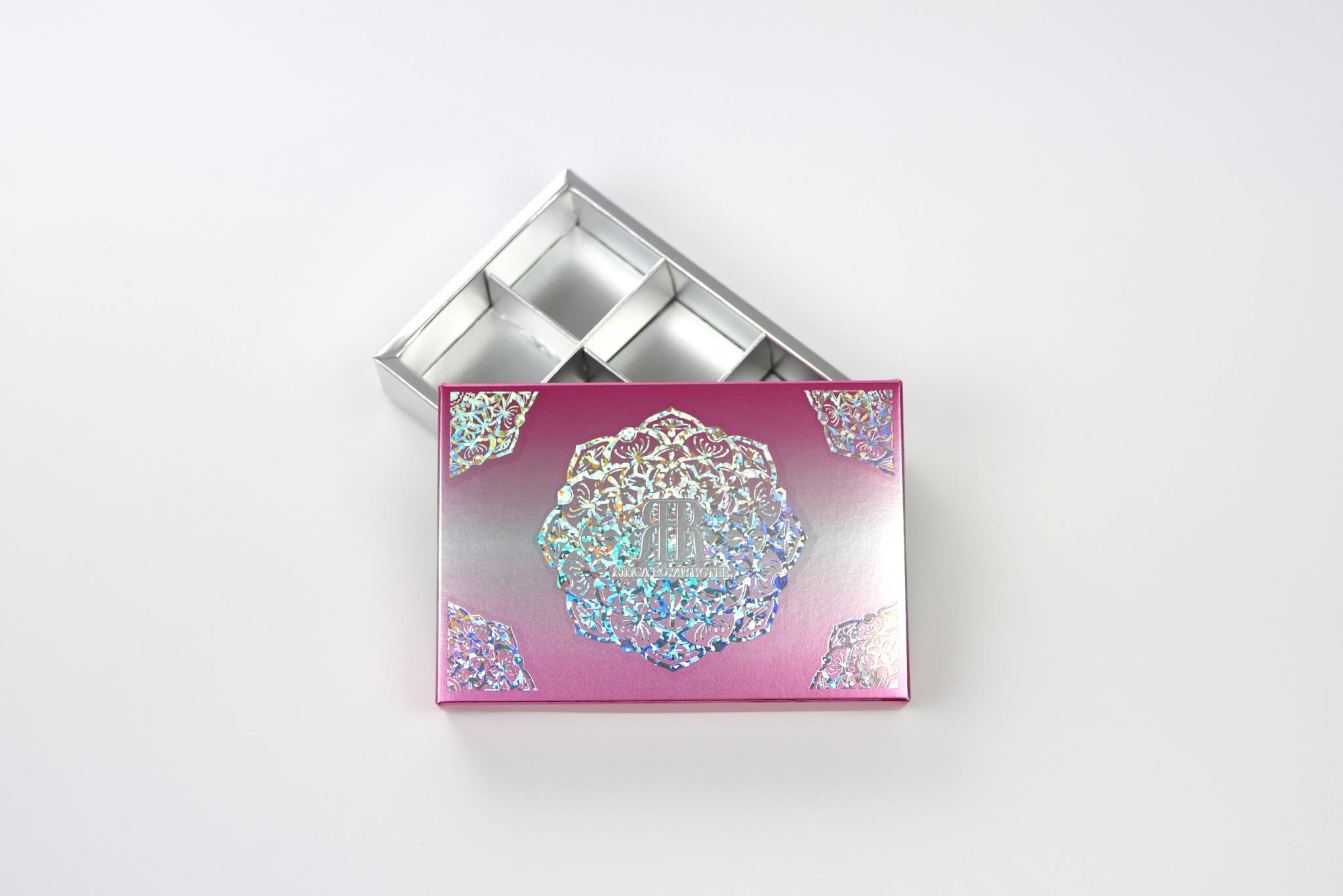 リーガロイヤルホテル様 イトーヨーカドー様販売限定 ロチュスロゼのパッケージ写真です