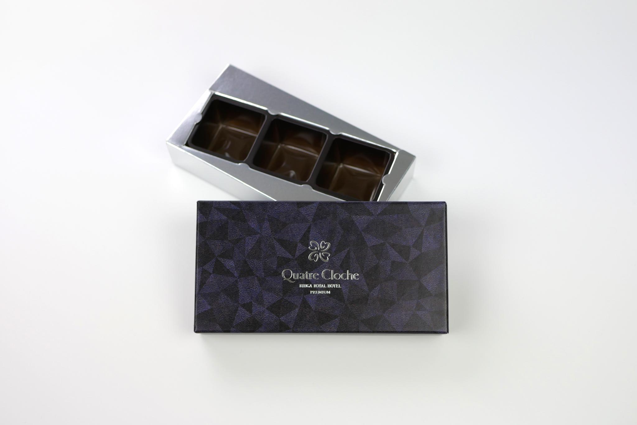 リーガロイヤルホテル様 2020年バレンタイン製品 キャトルクロッシュ ジェグナルのパッケージ写真です